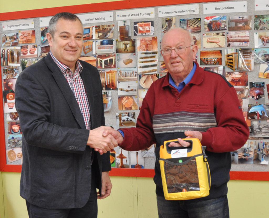 Paul Nites donates WOSP a Defibulator